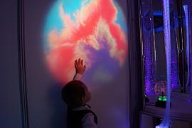 Световые проекторы для сенсорной комнаты